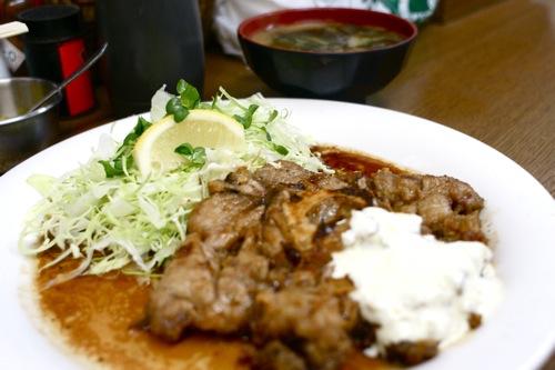 鮪の尾肉ステーキ